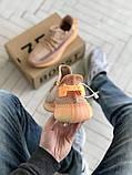 Чоловічі і жіночі кросівки сітка Adidas Yeezy 350 v2, фото 2