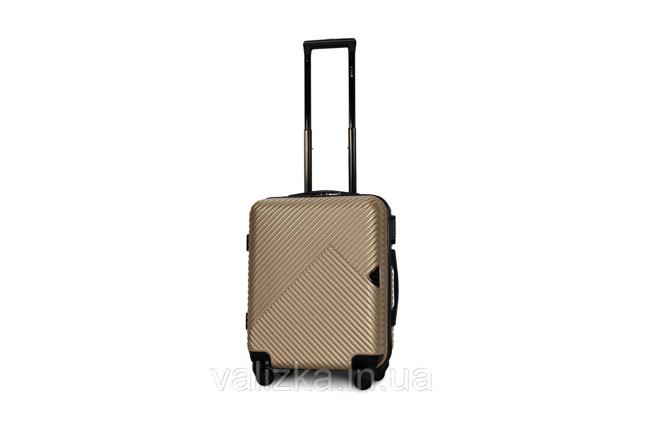 Пластиковый чемодан маленький шампань ручная кладь S+ Fly 2702