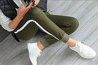 Спортивные женские штаны с тонким лампасом под манжетпроизводство Украина., фото 1