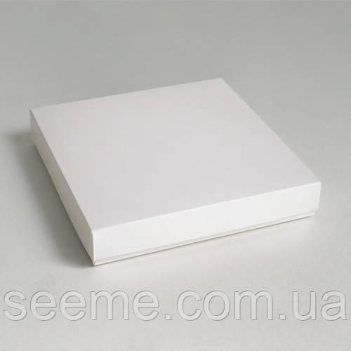 Коробка подарочная, 200х200х30 мм.