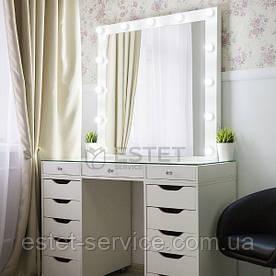 Место визажиста со стеклянной столешницей на 2 тумбы с зеркалом с рамой