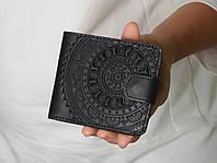 Чёрный кожаный кошелек ручной работы