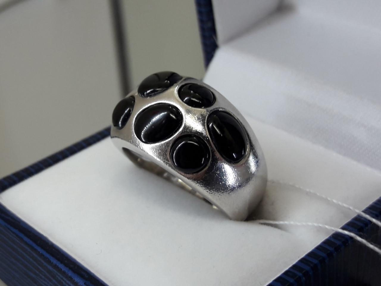 Срібне кільце з оніксом