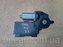 Стеклоподъемник ( мотор ) передний правый  Audi A-4 B-6  8E1 959 802 B , 5WK4 7006 BBF , Bosch 0 130 821 764