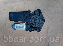 Стеклоподъемник ( мотор ) передний правый  Volkswagen Passat B-5 3B4 837 752 BS