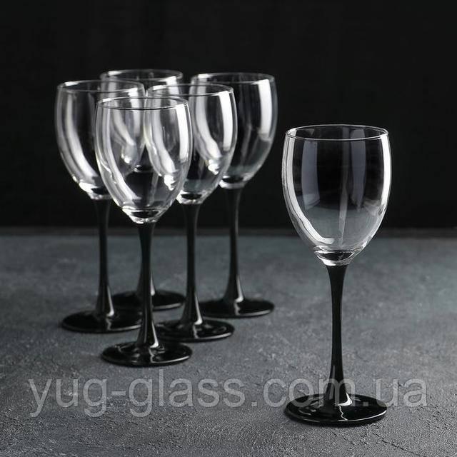 Бокалы для вина черная ножка