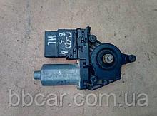 Стеклоподъемник ( мотор ) задний левый Volkswagen Golf 4 , Passat B-5  Bosch 0 130 821 697