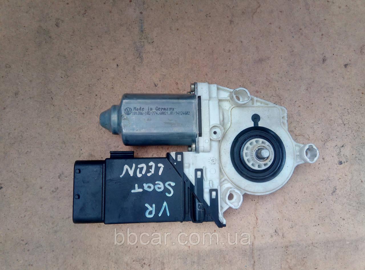 Склопідіймач ( мотор ) передній правий   Seat Leon 2005 р.  1C0 959 802 C