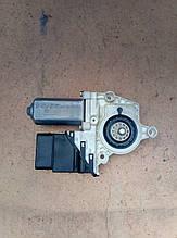 Стеклоподъемник ( мотор ) задний правый   Seat Leon 2005 р.  1C0 959 812 C