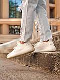 Женские кроссовки Adidas Yeezy Boost 350 в стиле адидас изи буст белые (Реплика ААА+), фото 5