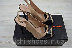Босоножки женские Lanzoni 53-123-147 бежево-чёрные кожа каблук