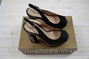 Босоножки женские Beletta 1831 чёрные замша каблук