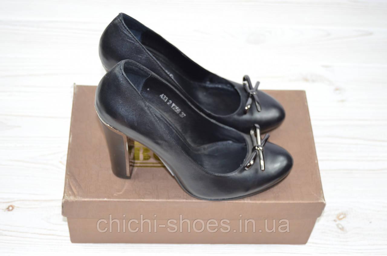 Туфли женские Ботес 33-2 чёрные кожа каблук