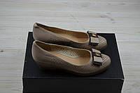 Туфли женские it Girl 349-112 бежевые кожа танкетка, фото 1
