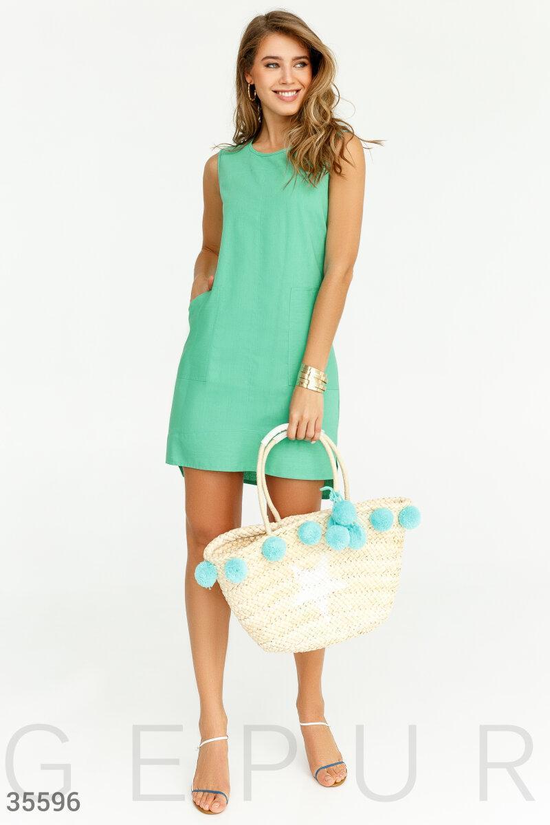 Асимметричное летнее платье зеленое