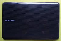 Крышка матрицы Samsung R523 б.у. оригинал