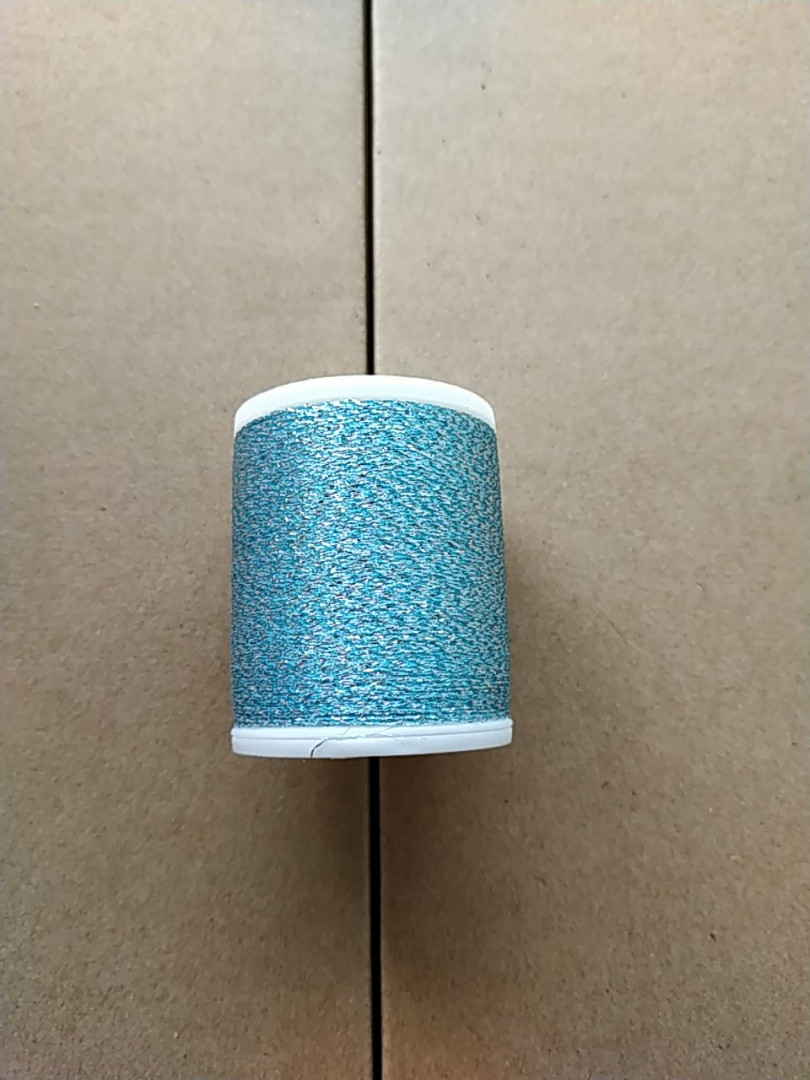 Нитки для машинной вышивки   Madeira   Super Twist  №30.  цвет 32 (  НЕБЕСНОЕ СЕРЕБРО ).  1000 м