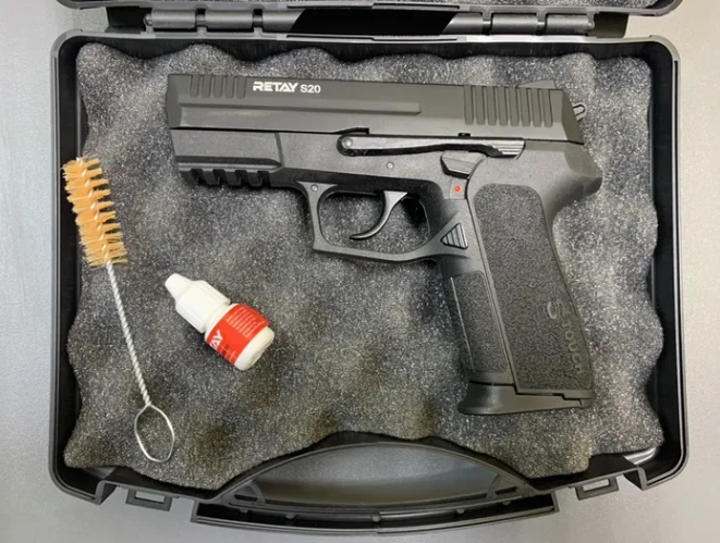 Пистолет стартовый Retay G17 siyan