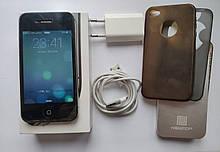 Iphone 4S 16 GB Чорний + 4 шт. бампера+зарядка Б/У