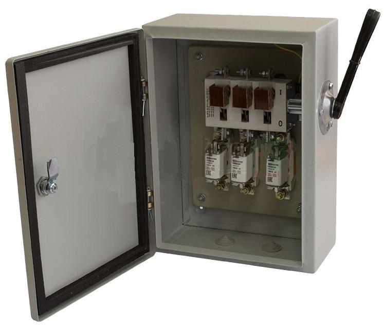 Ящик с рубильником и предохранителями ЯРП-400А 74 У1 IP54 UA IEK