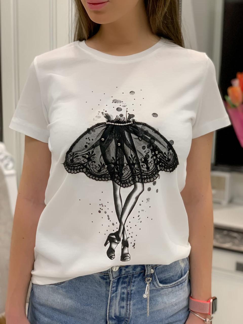 Черная и белая женская футболка из хлопка с рисунком 3317321