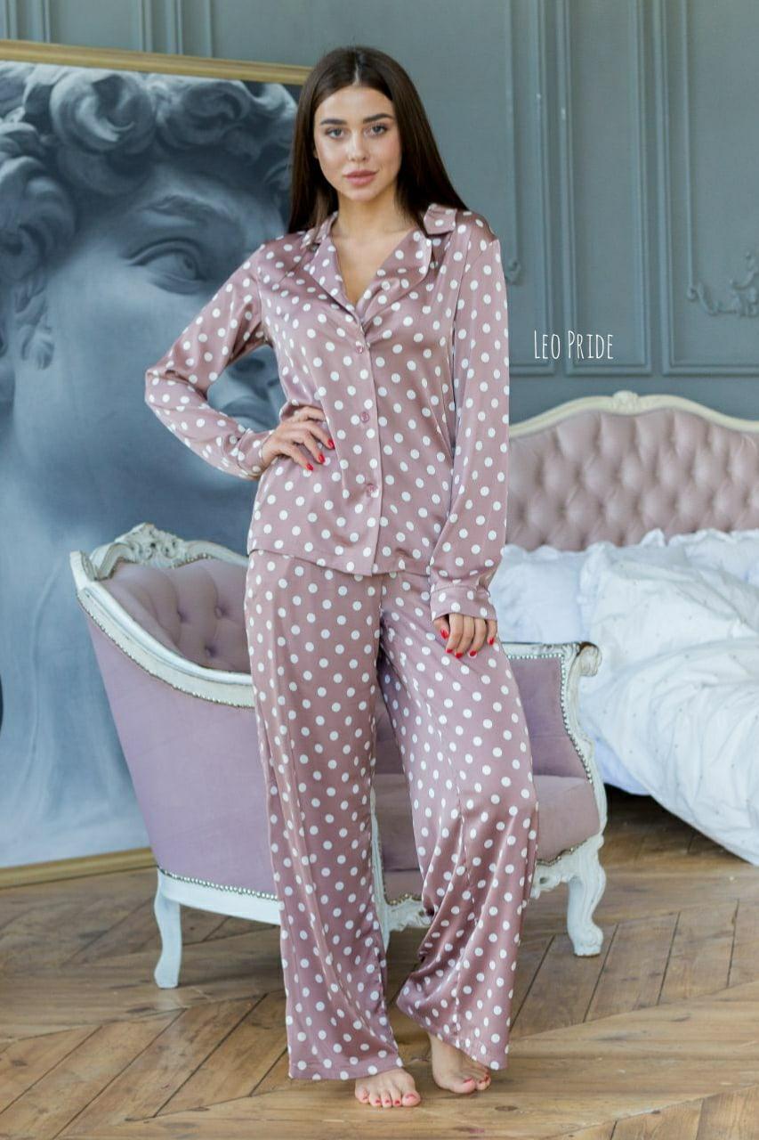 Шелковая пижама в горошек со штанами клеш и рубашкой 641982