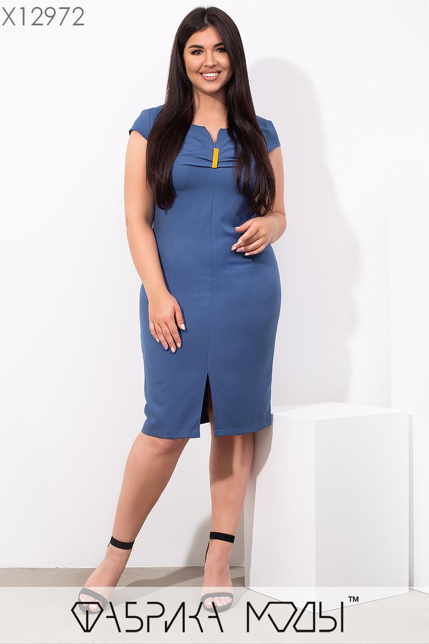 Летнее платье по фигуре в больших размерах с коротким рукавом и длиной до колен 1uk682