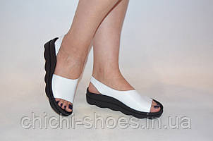 Босоножки женские белые кожаные Teona 20115