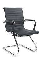 Офисное кожаное кресло для персонала/ посетителей черное PRESTIGE SKID