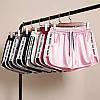 Модні шовкові шорти жіночі стильні 40-48 (в кольорах), фото 5
