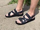 Чоловічі шкіряні сандалі темно сині на липучках Bertoni, фото 2