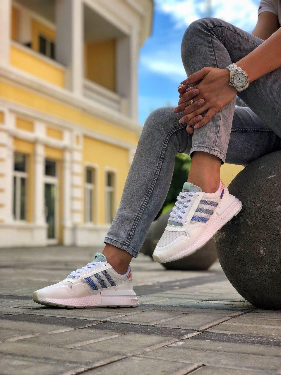 Женские кроссовки Commonwealth adidas Consortium ZX 500 в стиле адидас коммонвелс белые (Реплика ААА+)