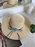 Жіноча солом'яний капелюх капелюх з квіткою, у кольорах, фото 3