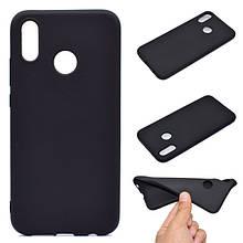 Чехол Style для Huawei P Smart Plus / INE-LX1 Бампер силиконовый черный