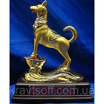 Собака золотая на чаше богатства (15х7,5х12 см) (2287)