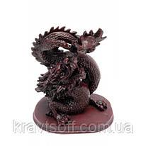 Дракон с хрустальной жемчужиной каменная крошка (16х14 см) (2559)