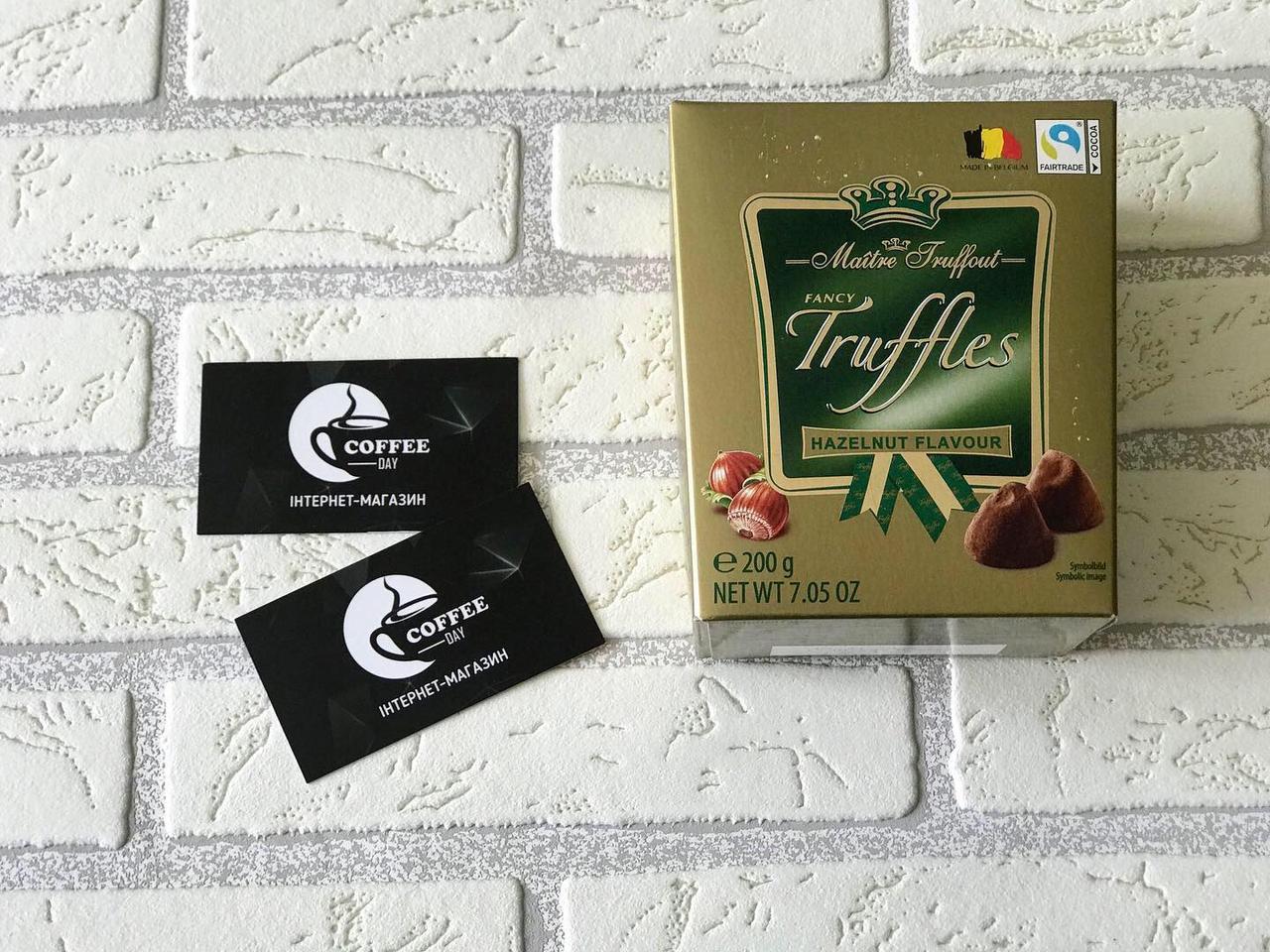 Шоколадный трюфель с фундуком Maitre Truffout Truffles Haselnut (с орехом), 200г, конфеты в коробке