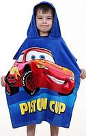 Пляжное детское полотенце-пончо с капюшоном (Тачки)