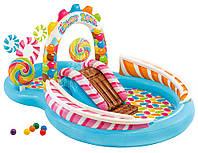 Надувной игровой центр Intex Территория сладостей с горкой и надувными игрушками 295х191х130 см, от 2 лет