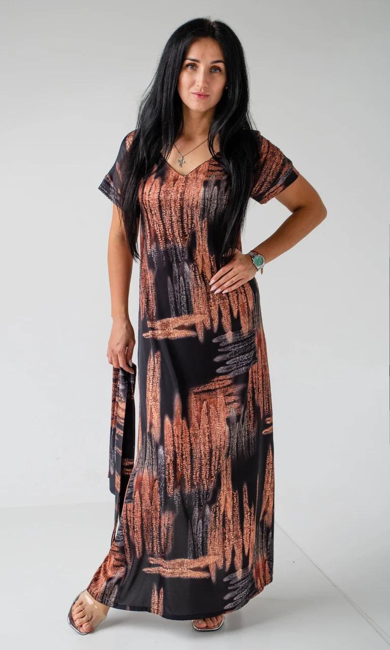 Длинное женское платье свободным кроем