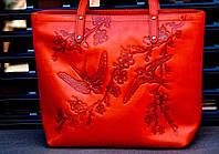 Кожаная женская сумка шоппер с разным узором Цветы Солнце Стрекоза Птицы Ласточки Подсолнухи Петриковка Крылья, фото 1