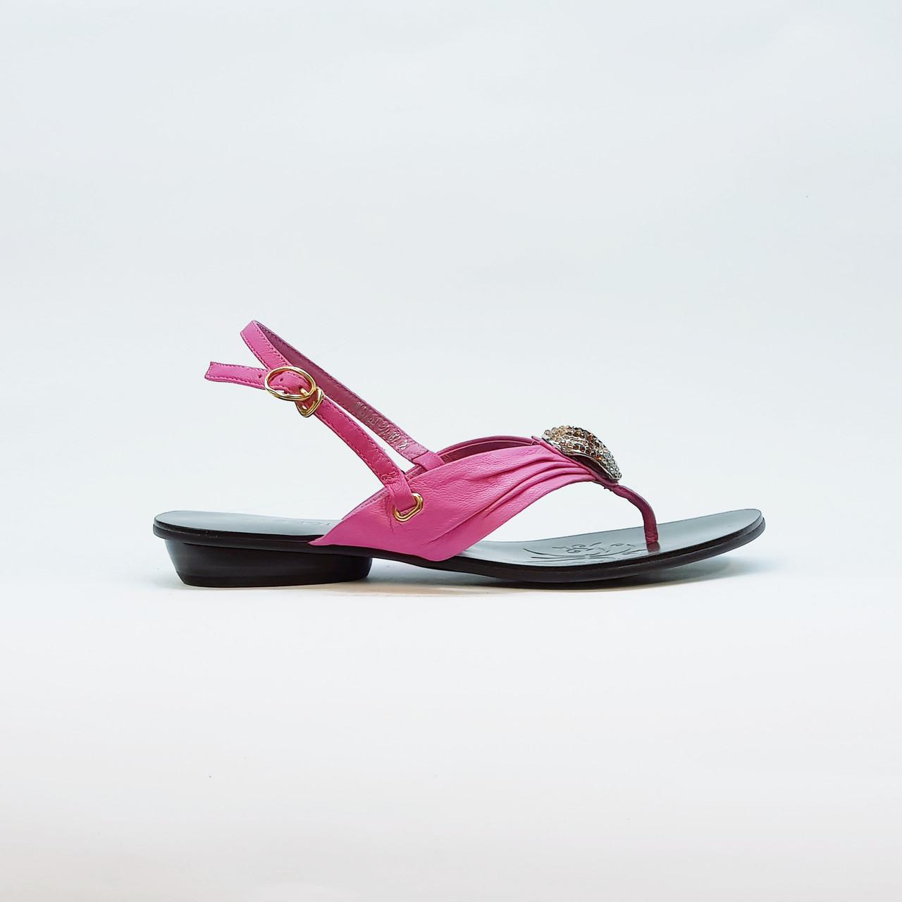 Сандали женские через палец розовые из натуральной кожи на низком каблуке