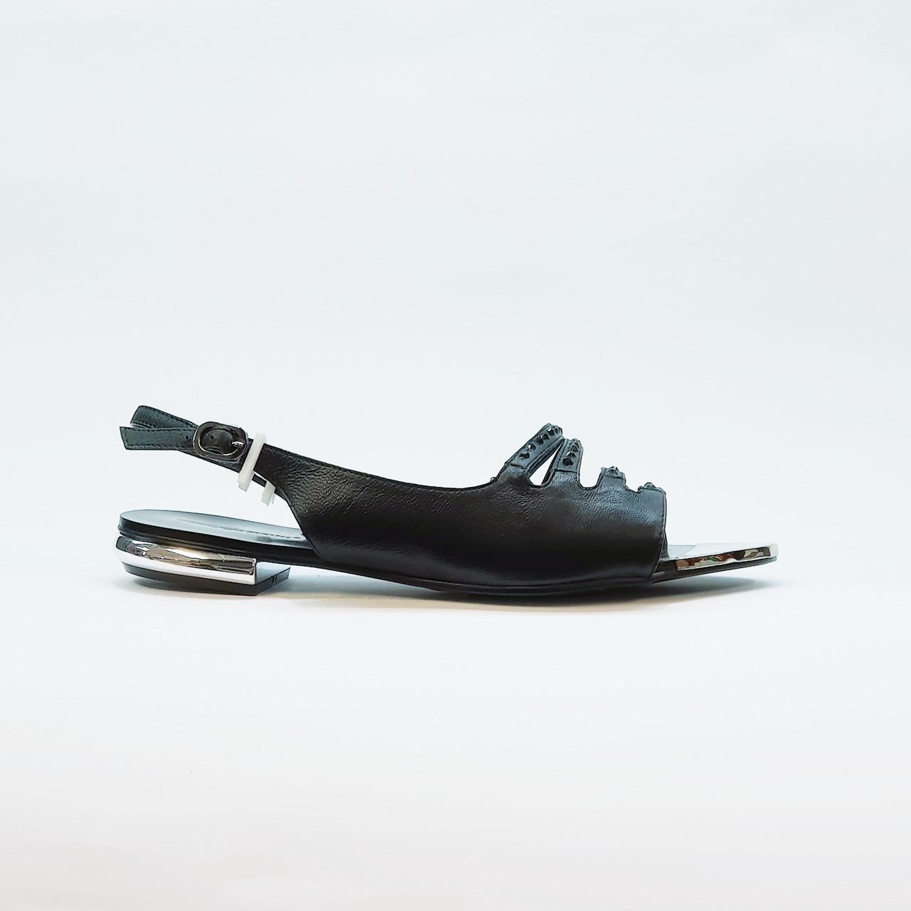Босоножки женские черные натуральная кожа на низком каблуке