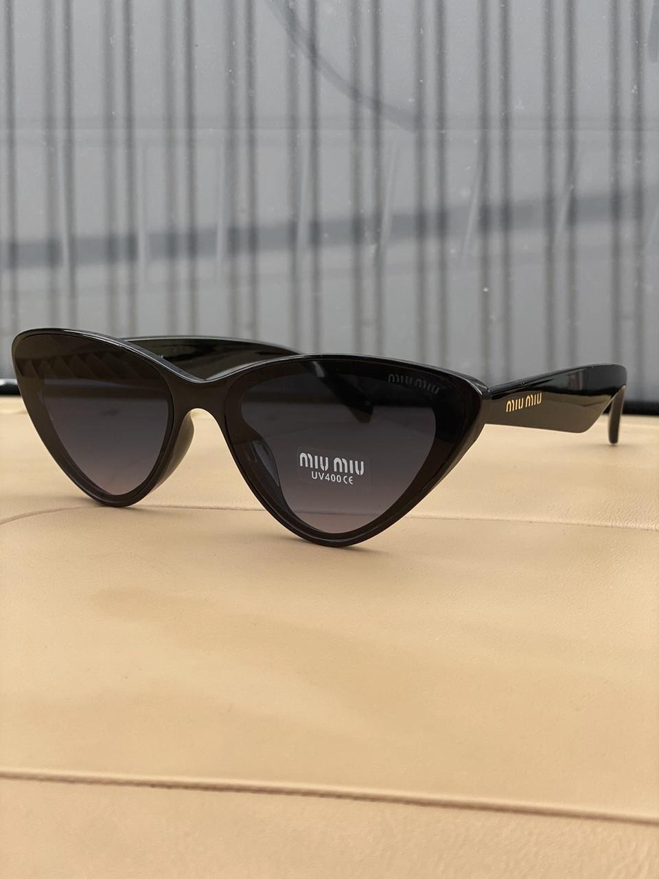 Очки солнцезащитные копия реплика