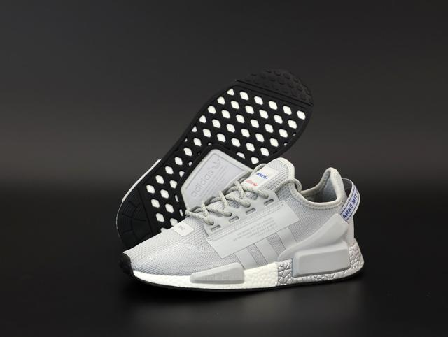 Мужские кроссовки Adidas NMD R1 V2 Grey фото