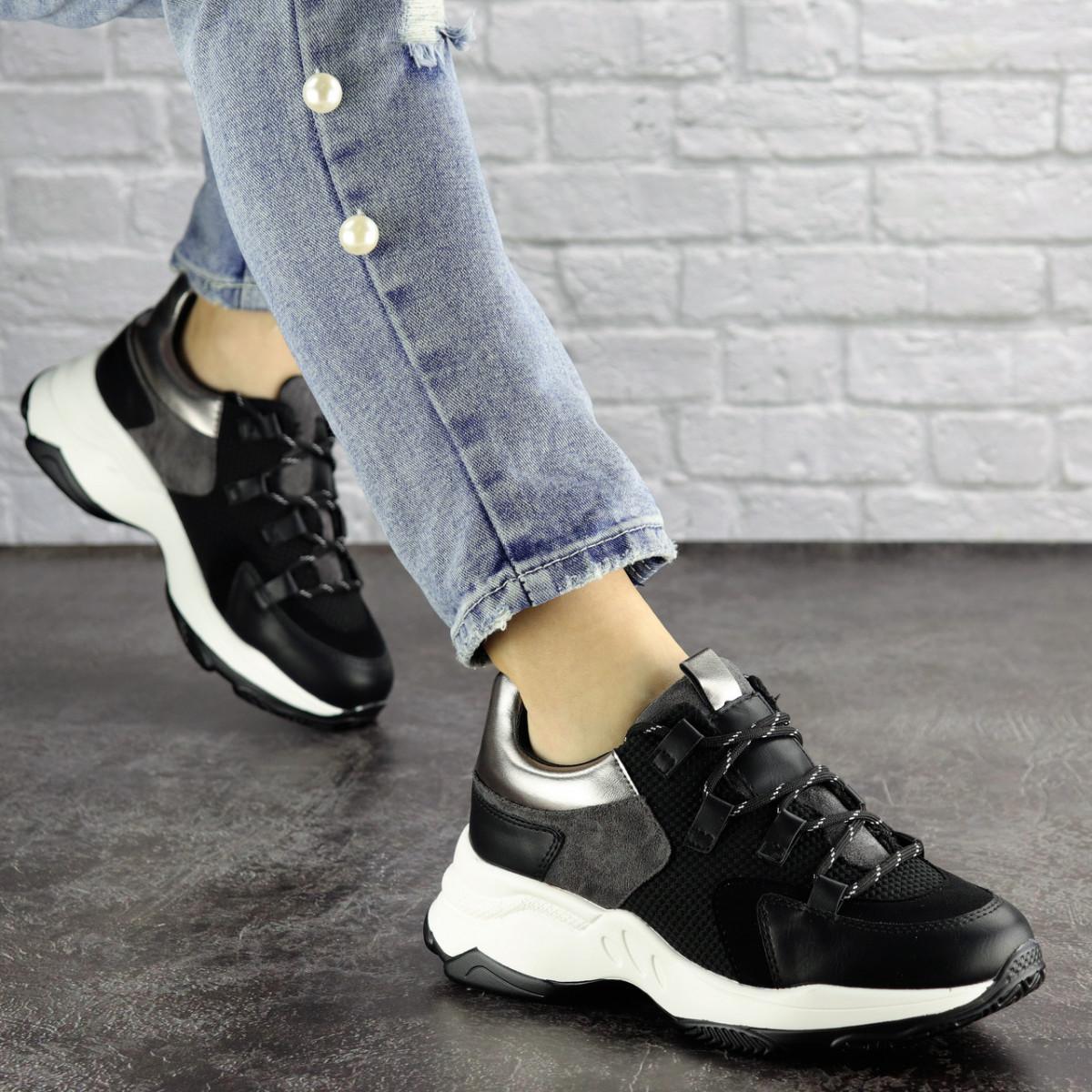Женские черные кроссовки Bruiser 1659