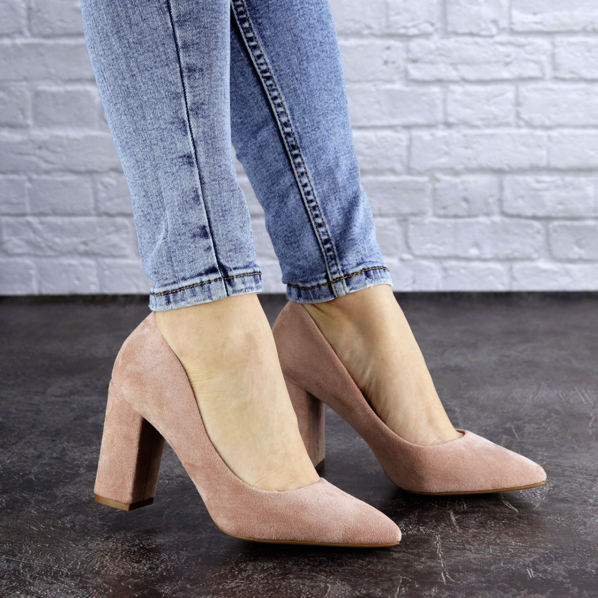 Женские туфли на каблуке розовые Gouda 1941