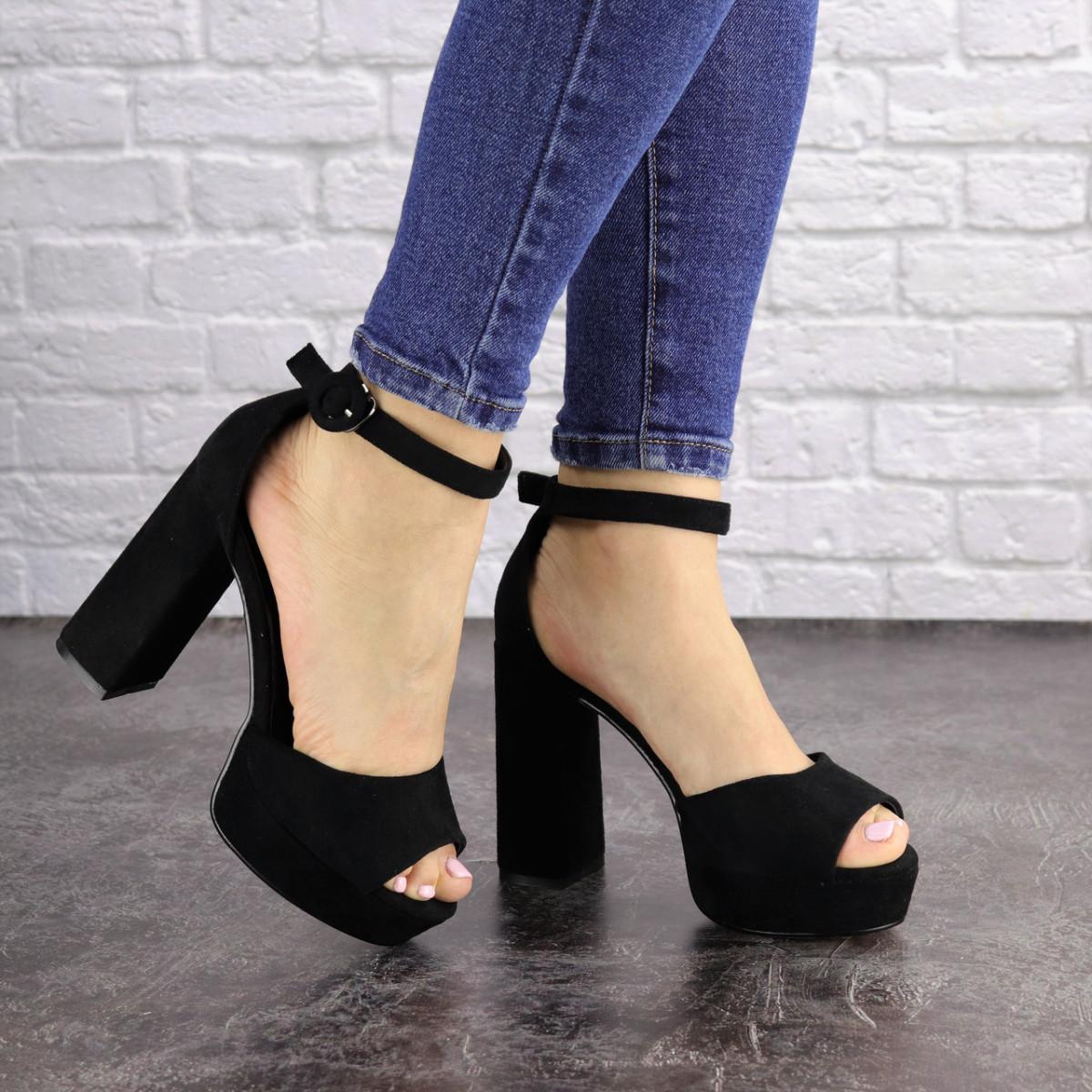 Женские черные босоножки на каблуке Rooty 1625