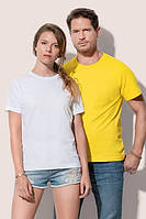 Базовая белая женская футболка с круглым воротником