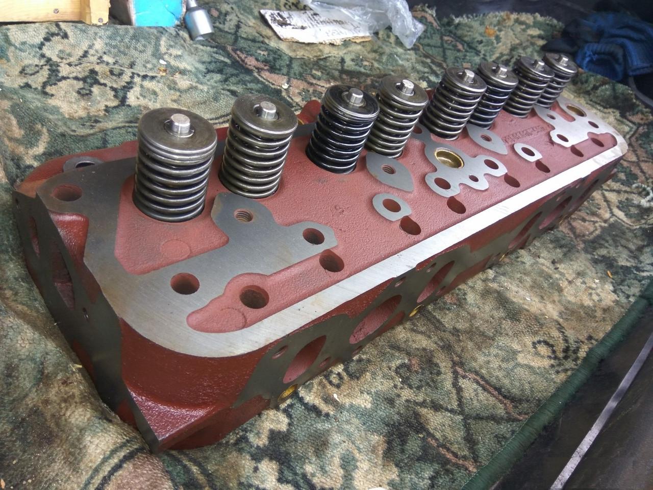 Головка двигателя д 65